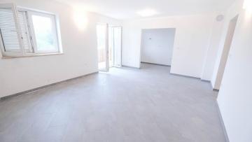 Two bedroom apartment for sale Ližnjan Medulin