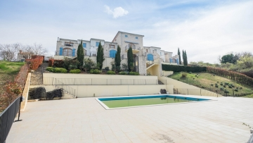 Three bedroom apartment for sale Buje