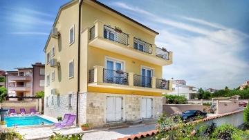 Three bedroom apartment for sale Ližnjan Medulin