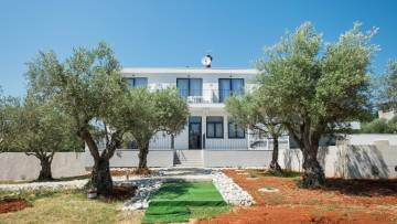 Bed and Breakfast for sale Buje