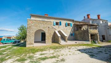 Renovated stone house for sale near Motovun