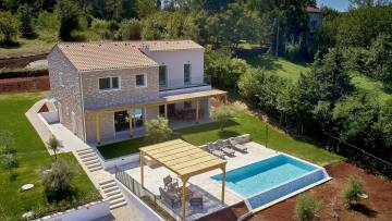 Villa for sale near Motovun
