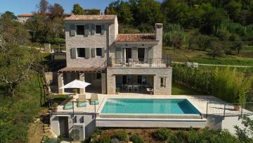 New villa for sale with a clear view of Motovun